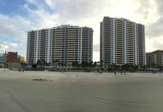 Wyndham Ocean Walk: View of hotel from beach