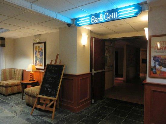 Quality Inn Gresham: Breakfast Area