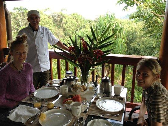 Daintree Manor B&B: breakfast on the verandah