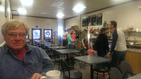 Cafe On Mackenzie: Inside the Cafe