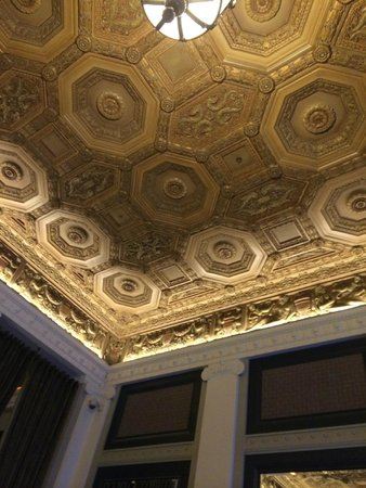 Sentinel: Lobby ceiling