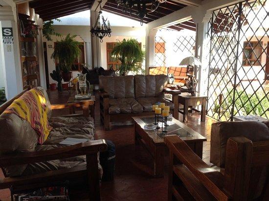 Hotel Oro Viejo: Agradable estar en el patio del hotel