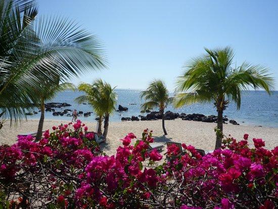 Beachcomber Le Victoria Hotel : La plage