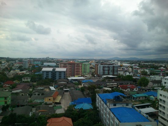 Classic Kameo Hotel & Serviced Apartments, Rayong: A view from higher floors