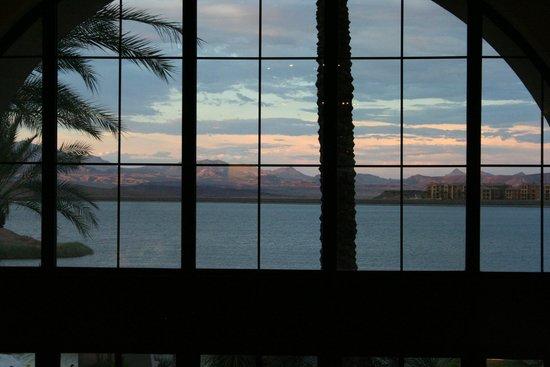The Westin Lake Las Vegas Resort & Spa : View from the main lobby