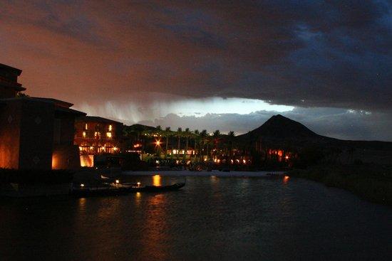 The Westin Lake Las Vegas Resort & Spa : The resort at night