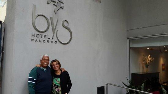 Hotel Bys Palermo: Na frente do Hotel
