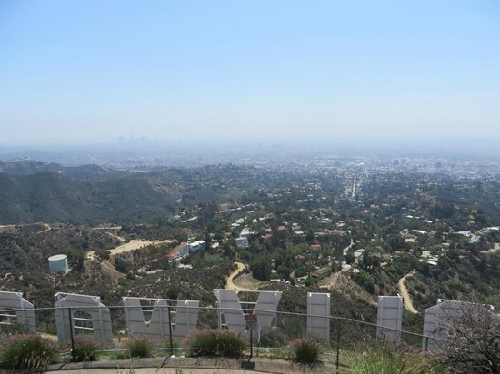 Hollywood Sign: Behind Sign - Can't get whole thing in 1 pic