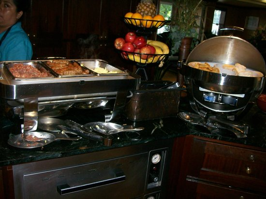 Homewood Suites by Hilton Wilmington - Brandywine Valley : Breakfast Buffet Hot Entrees