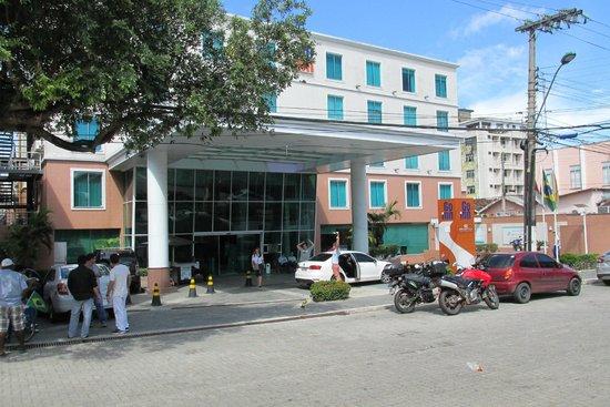 Go Inn Manaus: Front Of Hotel