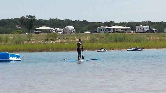 Potters Creek Park : Paddle boarding