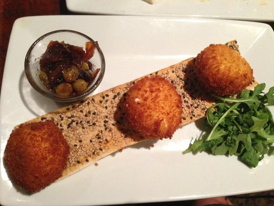 Zea Rotisserie & Bar: Fried Goat Cheese and Fig Sauce