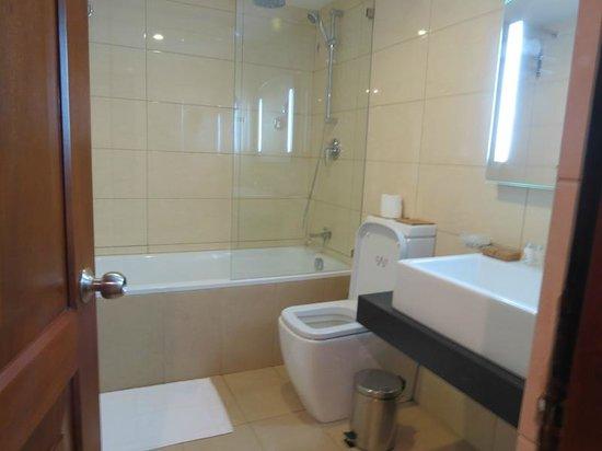Amaya Hunas Falls: Bathroom
