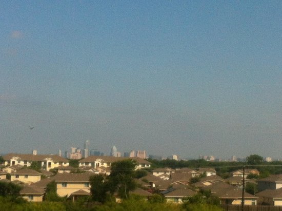 Staybridge Suites Austin Airport: Austin view from a far