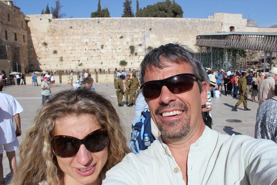 Mur des lamentations : Us by the wall
