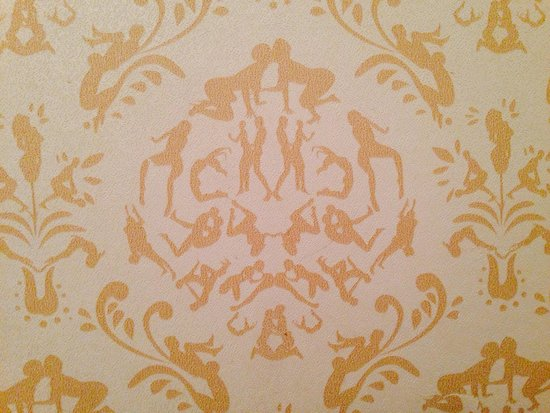 Walker Hotel Greenwich Village: The Cunning Wallpaper at the Gym's Restrooms.
