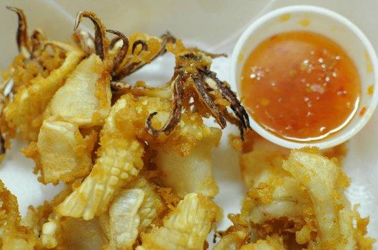 """Isan Thai Restaurant: """"Thai Calamari"""" ~ Pla Meruk Tod"""