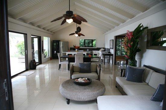 Taveuni Palms Resort : Living/Dining Room