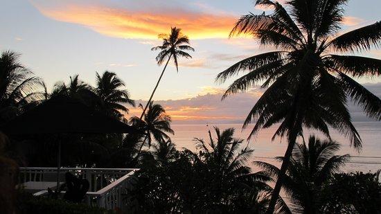 Taveuni Palms Resort : Sunset from Deck