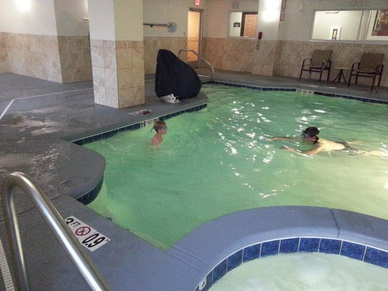 Staybridge Suites near Hamilton Place: small pool and hot tub