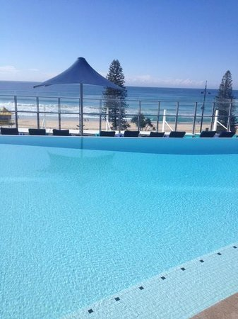 Peppers Soul Surfers Paradise: Fabulous pool area.