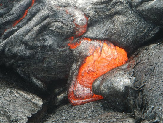Lava Ocean Tours Inc : Red hot lava!