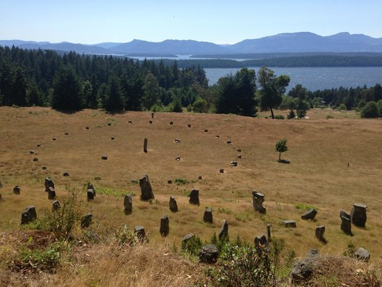 Galiano Moped and Boat Rentals: Stone World - amazing what one man's vision can create