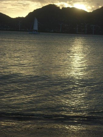 Cerf Island Resort: sunset