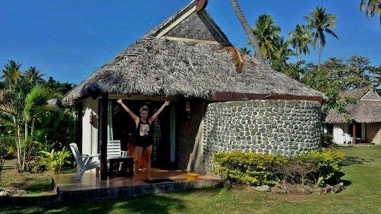 Mana Island Resort : island bure