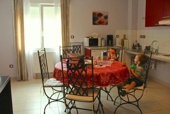 Pré en Bulles : Dining area