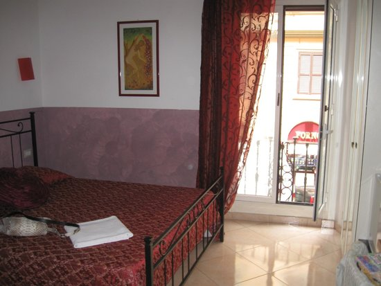 Dandi Domus Guest House: двухместный номер