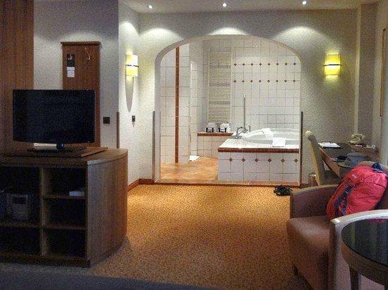 Bilderberg Grand Hotel Wientjes: En-suite jacuzzi