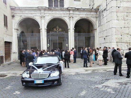 Parrocchia di San Gregorio Maggiore: Porticoed entrance