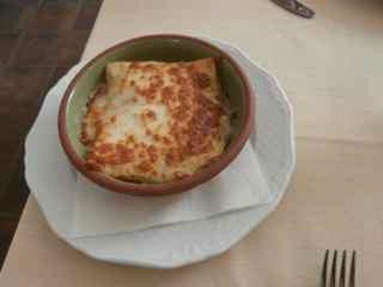 Ristorante Agli Scacchi: Artichoke lasagne