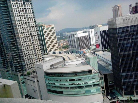 Hotel Novotel Kuala Lumpur City Centre: 部屋から