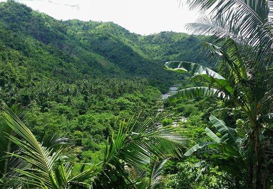 Tuko Beach Resort: Kalong River Trek