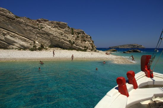Lipsi, Grecia: Close to perfection ... the turquoise water from Aspronisi