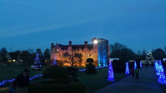 Hever Castle & Gardens: Nearing Christmas at Hever Castle