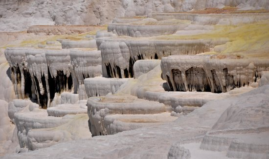 Hierapolis & Pamukkale : Huge travertine formation, Pamukkale, Turkey