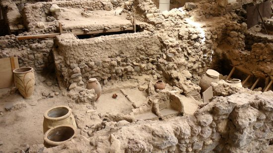 Akrotiri Archaeological Site: Excavation