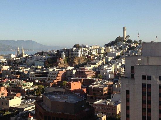 Le Meridien San Francisco : Blick vom Zimmer 2107 auf die Bay
