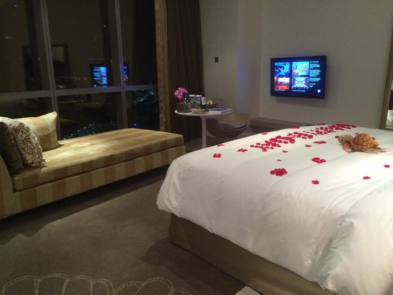 Jumeirah at Etihad Towers : Room 4004 @ Jumeirah Etihad Towers