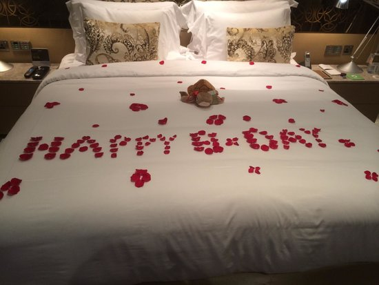 Jumeirah at Etihad Towers : Happy Birthday @ Jumeirah Etihad Towers