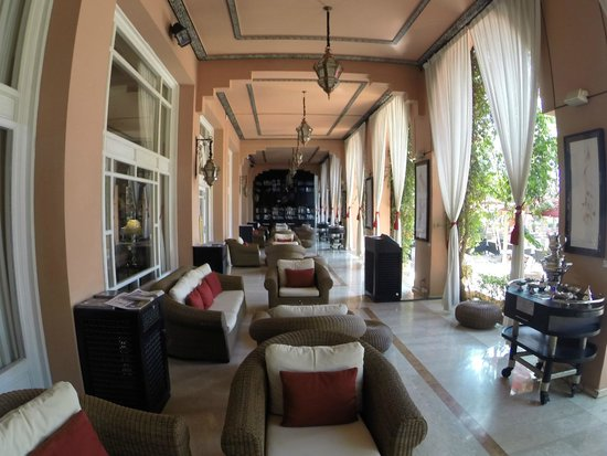 Sofitel Marrakech Lounge and Spa: Bar