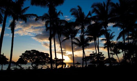 La Pirogue Resort & Spa: le soleil se couche