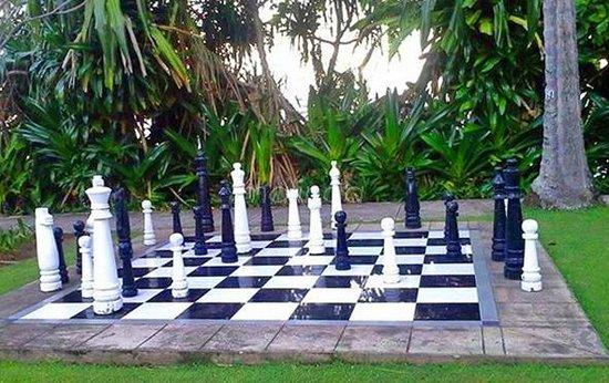 Holiday Resort Lombok: Giant Chess