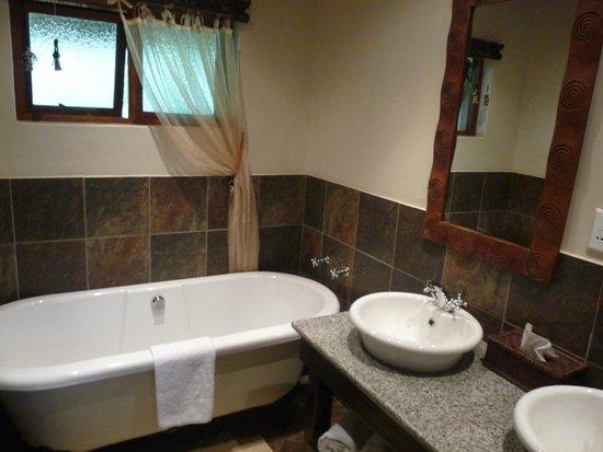 Lodge Afrique : salle de bains
