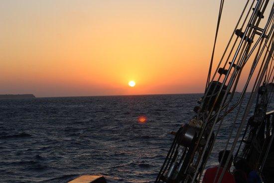 Bella Aurora & Thalassa: Sunset aboard the Thalassa