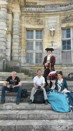 Château de Vaux-le-Vicomte : Sur les marches à l 'entrée