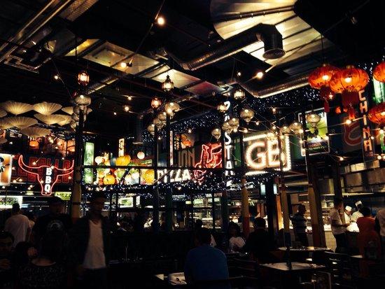 Za Za Bazaar: Cool lights.